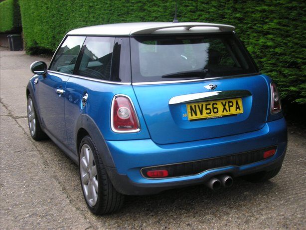 2007 (56) Mini Cooper S 1.6 (Chili Pack) 6 Speed Metallic Blue Low Mileage Guarantee